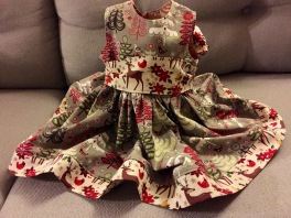 Mini Me's Christmas dress